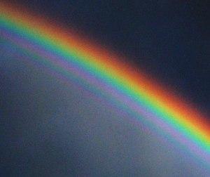 Supernumerary_rainbow_03_contrast